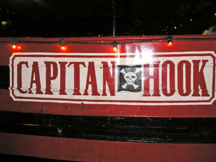 captain-hook (0)